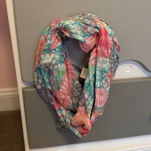 NWOT Lilly Pulitzer Girls Riley Infinity Scarf